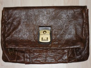 Org. MARC by MARC JACOBS Clutch XL Monogram dunkelbraun sold out