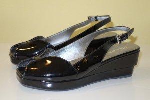 Org. PRADA Wedge-Sandaletten aus Lackleder Gr.38,5
