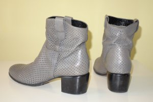 Org. PRINCIPE DI BOLOGNA by ROCCO P. Booties perforiert grau Gr.37