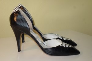 Valentino Pointed Toe Pumps black-natural white leather
