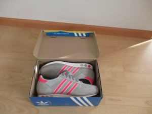 Orginal Adidas Gr. 40.