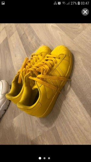 Adidas Originals Sneaker stringata giallo neon