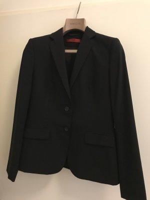 Orginal Hugo Boss hosenanzug in schwarz, Größe 40. neuwertig, nur 2x getragen