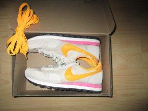 Orginal Nike Gr. 39 .