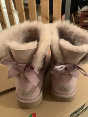 UGG Fur Boots mauve