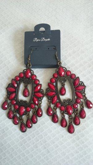 Orientalische Ohrringe mit Steinen
