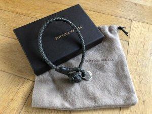 Orig BOTTEGA VENETA Armband grau Leder inkl Box wNeu 229€ Knoten