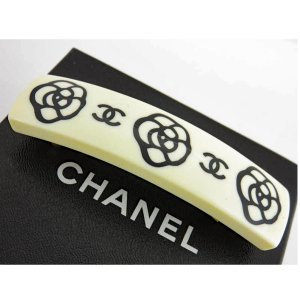 Chanel Hair Clip white-black