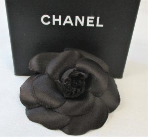 Chanel Brooch black-gold-colored silk