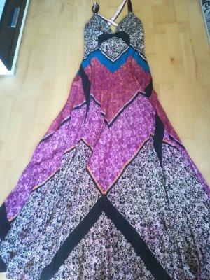 Orig. ETRO Seidenkleid, raffinierter Schnitt, leuchtende Farben