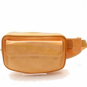 Louis Vuitton Riñonera naranja Cuero