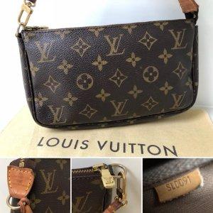 Louis Vuitton Pochette brun-brun sable cuir