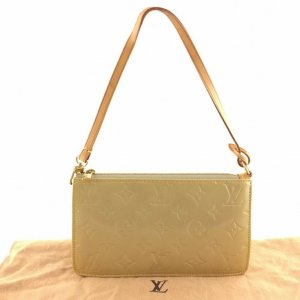 Louis Vuitton Clutch pale yellow leather
