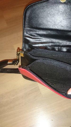 Original Aigner Handtasche kompakt und klassisch