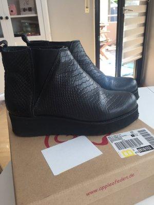 Apple of eden Booties black leather
