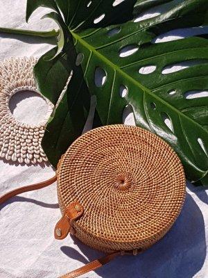 Bolso tipo cesta marrón madera
