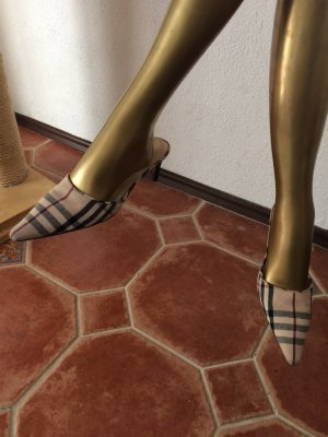 Original Burberry Sandaletten, sehr hübsch im typischen Muster