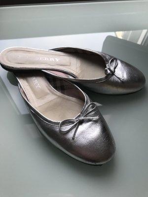 Burberry London Sabot argento-grigio chiaro Pelle