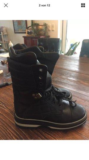 Original Chanel Boots 36