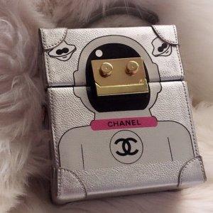 Original Chanel Cocobot Runway Technology VIP Gift Crossbag Karton