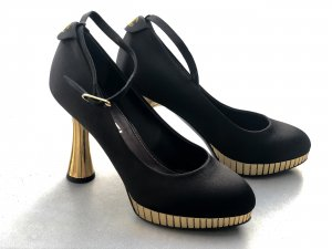 Original Chanel Escarpins Satin Pumps Schwarz Gold 36
