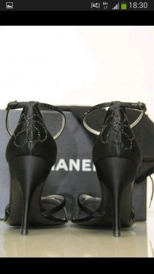 Chanel Strapped High-Heeled Sandals black