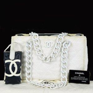 Chanel Schoudertas licht beige