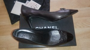 Original Chanel Pumps Leder mit Lackkappe Wie Neu