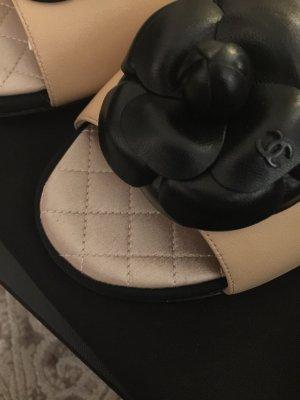 Original Chanel Sandalen Schuhe Neu in 39,5