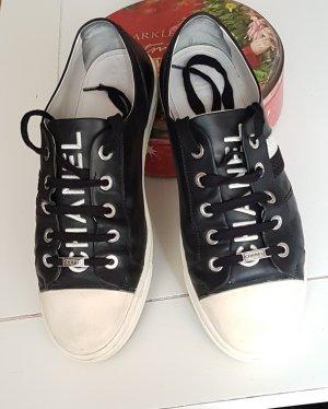 original Chanel Sneakers schwarz/weiss Leder