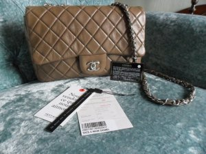 Original Chanel Tasche classic Jumbo caramel,silberne Hardware, absolut zeitlose Farbe, incl. ID-Karte,Staubbeutel
