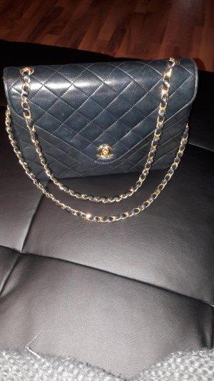 original Chanel Tasche flap bag goldene Hw