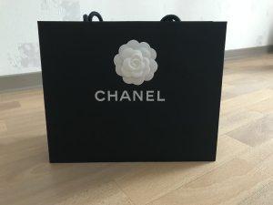 Chanel Borsetta a cestino nero-bianco