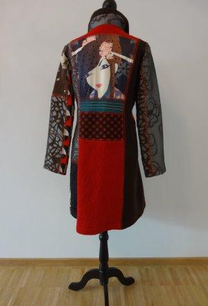 Original Desigual Mantel mit vielen tollen Details