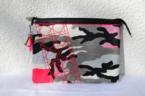 Original Dior Anselm Reyle Pink Camouflage Clutch, Limited Edition!