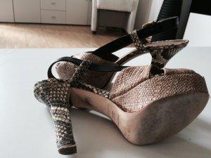 Original Dolce und Gabbana Plateau Slimgbackpumps Gr 38,5 Sexy wie neu Fashion!