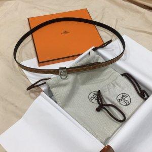 Hermès Cinturón de cuero marrón-negro