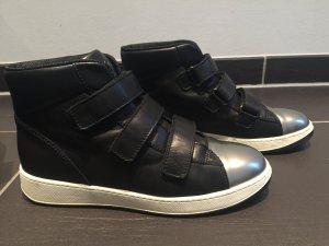Original Hogan Sneaker in Gr. 39, wie neu! In schwarz Silber