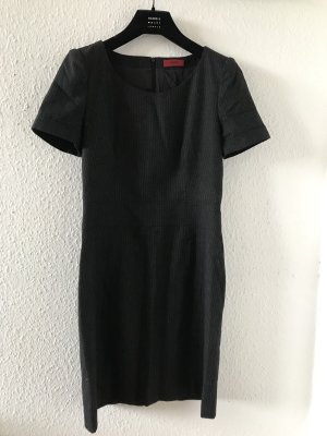 Original HUGO Boss Kleid Etuikleid Business grau Wolle Gr.36 S NP299€