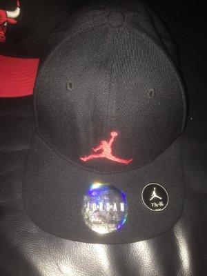 Jordan Berretto da baseball nero-rosso