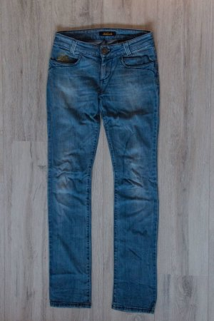 Original Killah Straight Fit Jeans Style Marilyn