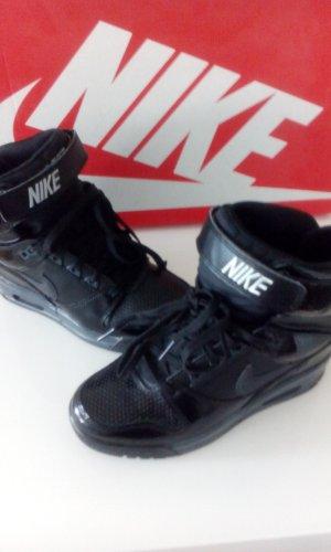 Nike Basket à lacet noir cuir