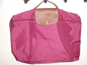 Original Longchamp - Tasche in beerenfaben mit kurzem Henkel - günstig!