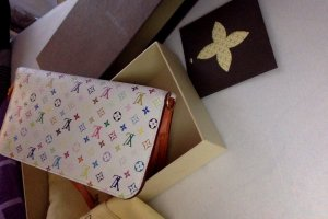 Louis Vuitton Wallet white leather
