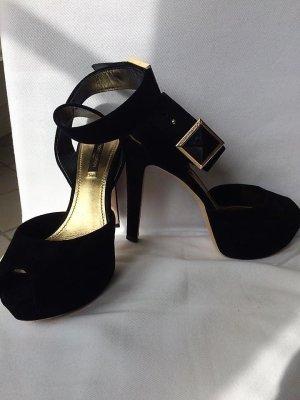 Louis Vuitton Plateauzool pumps zwart