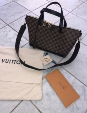 Original Louis Vuitton Hyde Park  Neu ab 28.06.19 in Urlaub