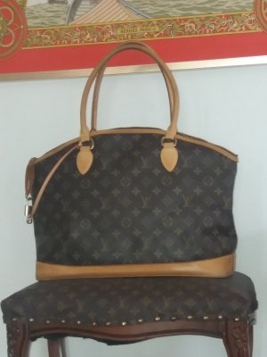 Original Louis Vuitton Lockit Horizontal Shopper in Monogram Canvas