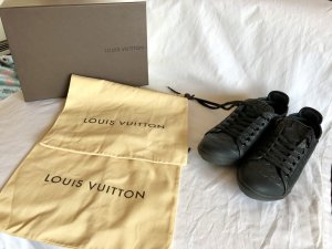 Original Louis Vuitton Sneakers