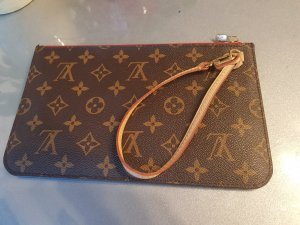 3493a741db Louis Vuitton Pochettes at reasonable prices | Secondhand | Prelved