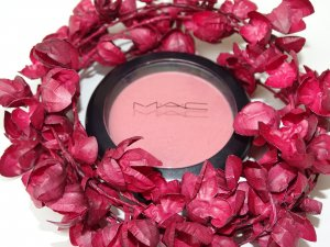 "Original MAC Powder Blush ""Fleur Power"" Satin 6g (NP: 26€)"